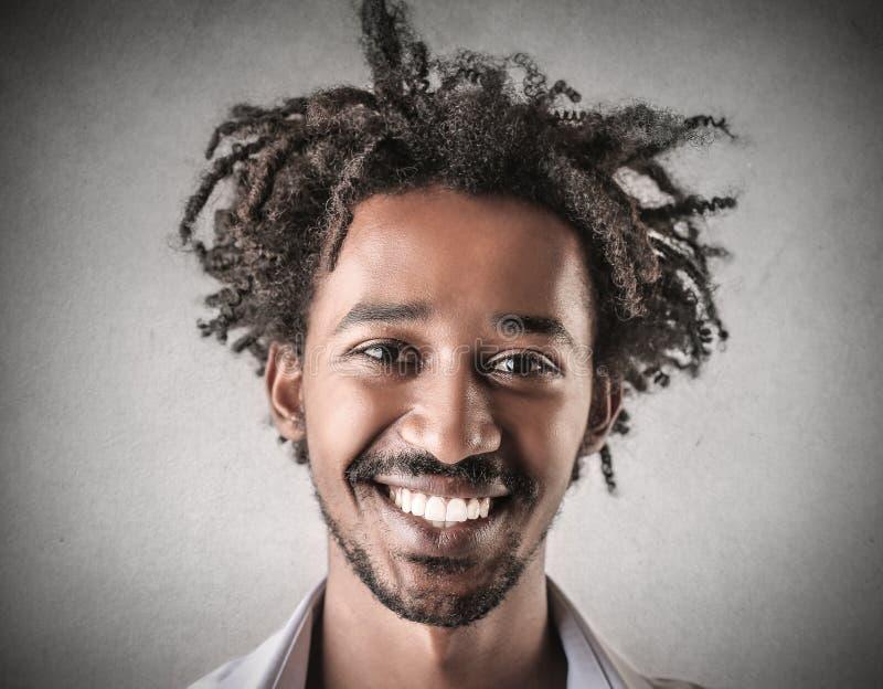 Sonrisa hermosa del hombre imágenes de archivo libres de regalías