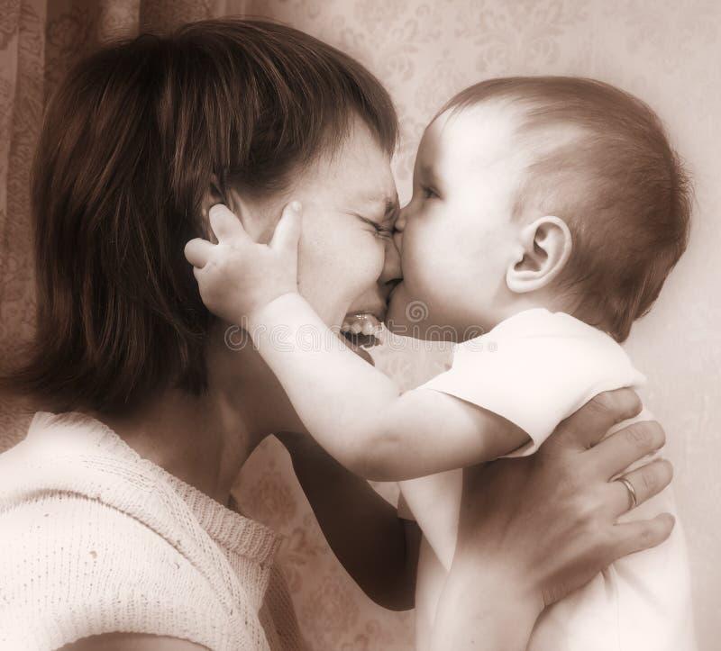 Sons de sépia de mère et de chéri photos stock