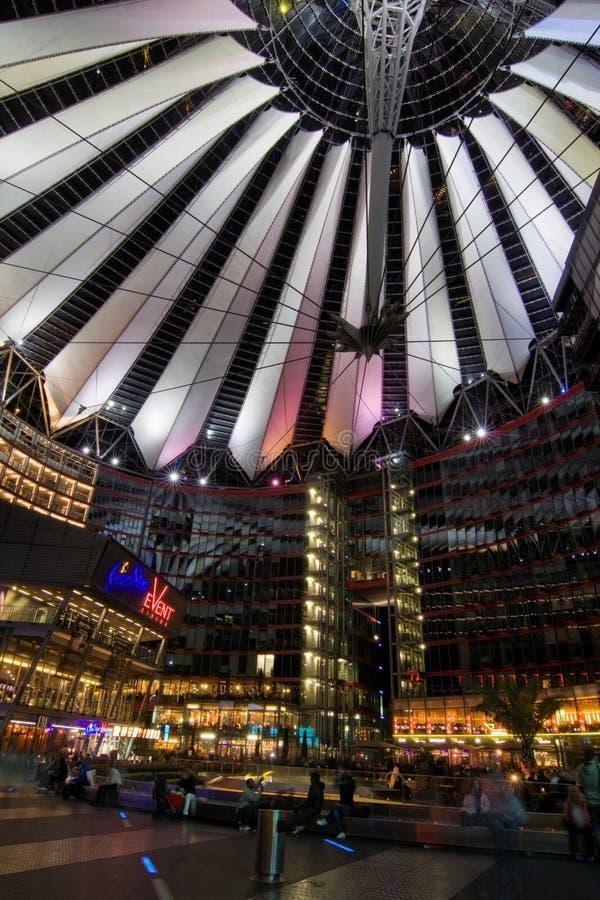 Sony centrum w Potsdamer Platz w Berlin obrazy stock