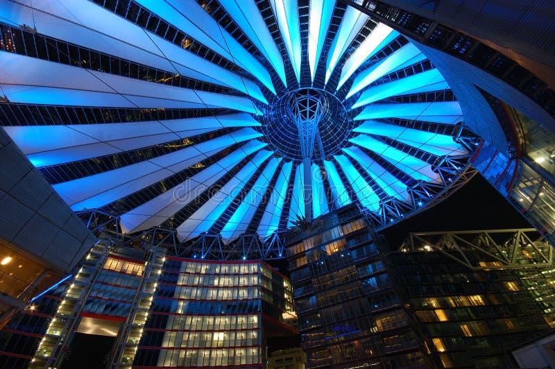 Sony-Mitte in Berlin stockfotografie