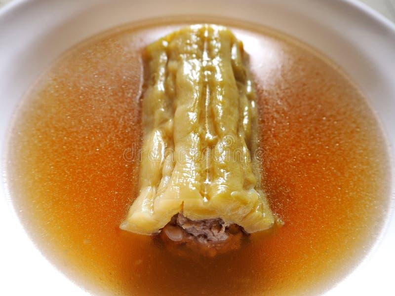 Sopa amarga rellena deliciosa del melón imágenes de archivo libres de regalías