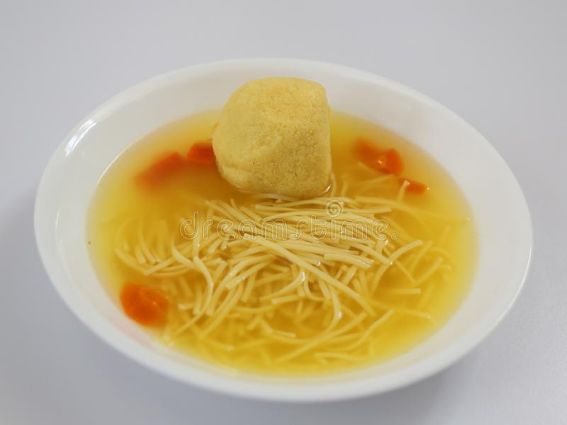 Sopa da bola do Matzoh fotos de stock