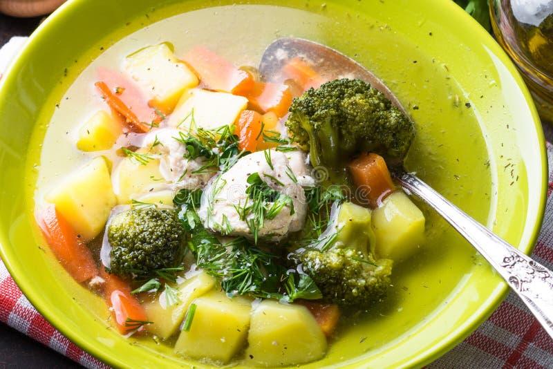 Download Sopa Da Galinha E De Vegetais Foto de Stock - Imagem de placa, lunch: 107525204
