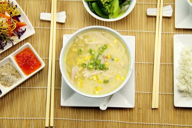 Sopa da galinha e do milho imagens de stock royalty free