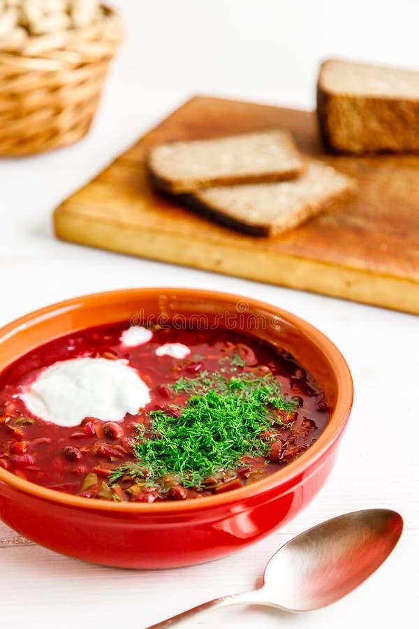 Sopa de beterrabas deliciosa foto de stock