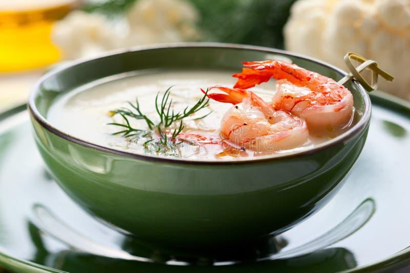 Sopa de creme da couve-flor fotografia de stock royalty free