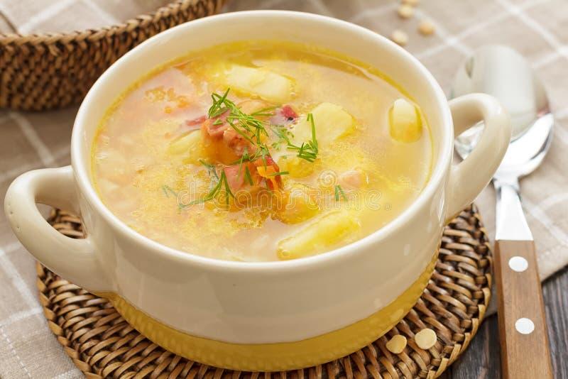 Download Sopa de ervilha foto de stock. Imagem de fresco, dieta - 29845044