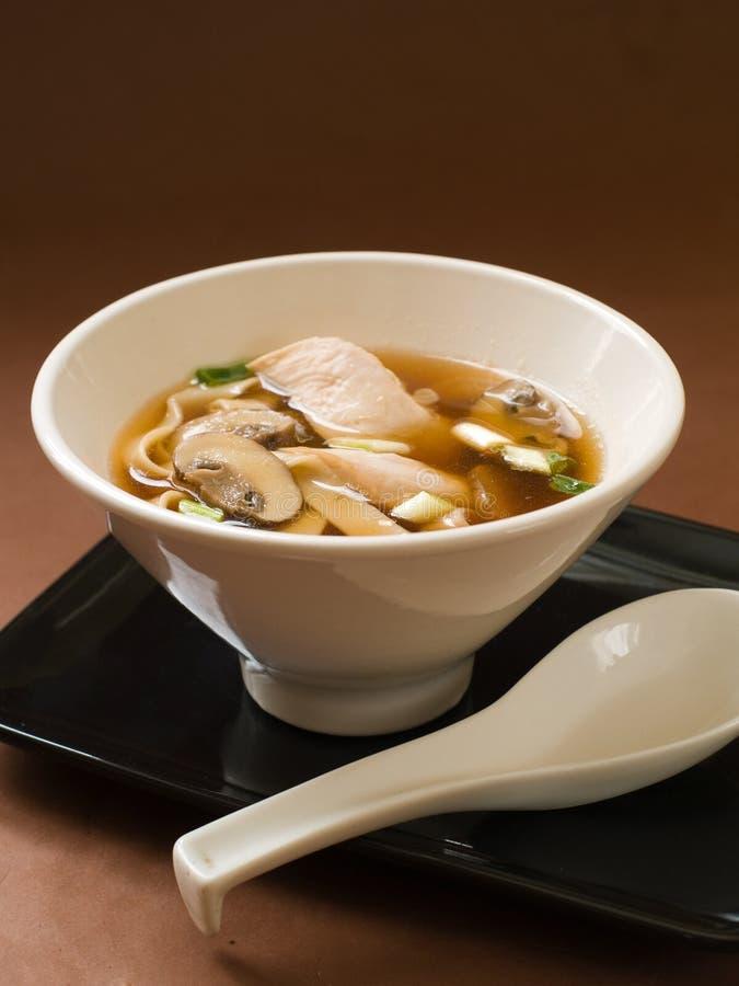 Sopa de fideos asiática fotografía de archivo