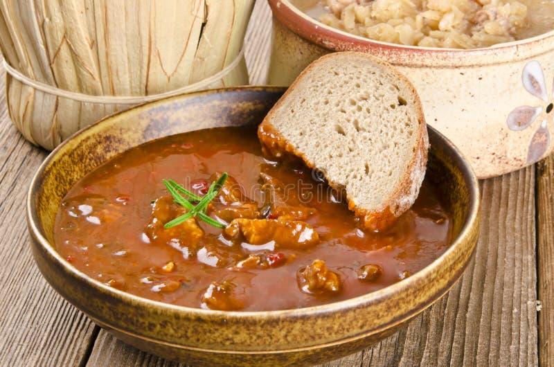 Sopa de goulash fotos de stock
