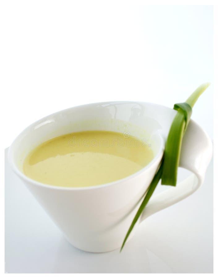Sopa de la coliflor imagenes de archivo