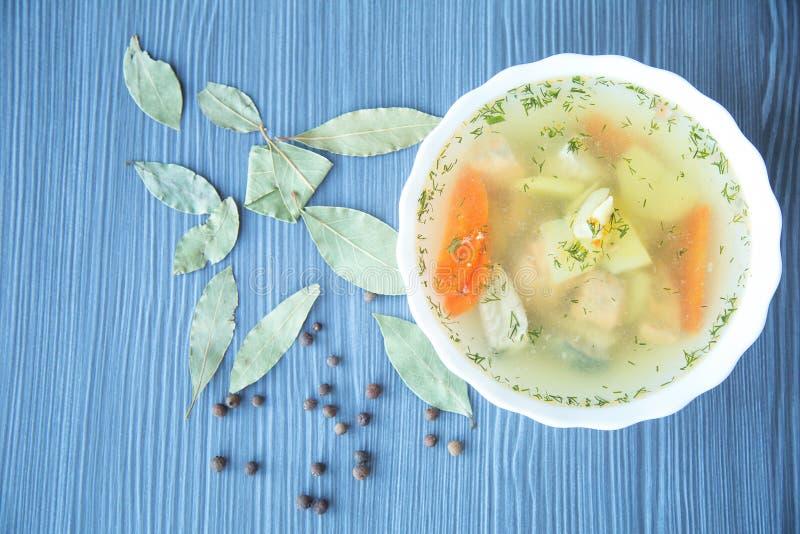 Sopa de los pescados Vew superior foto de archivo libre de regalías
