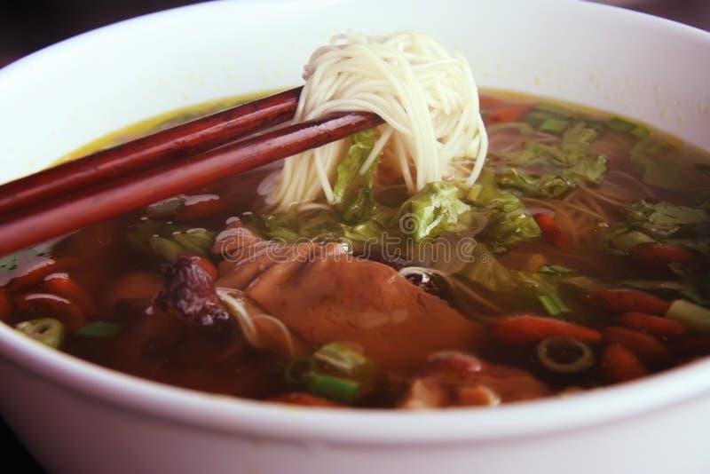 Sopa de macarronete asiática imagens de stock
