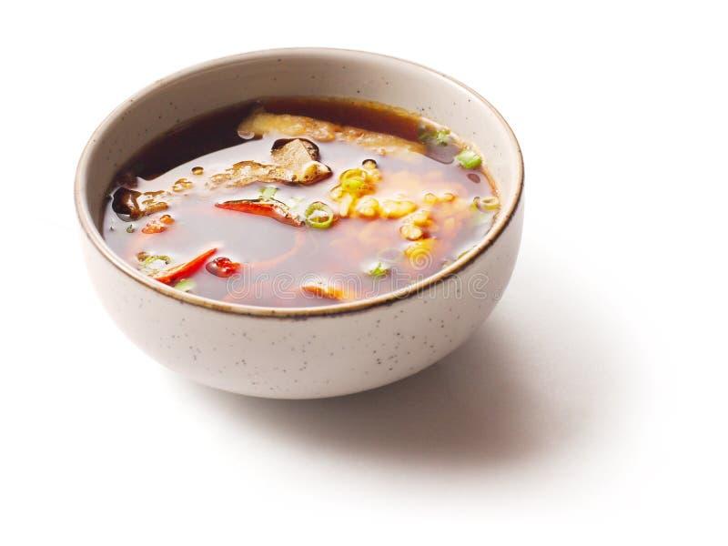 Sopa de Miso com salmões e bróculos fotografia de stock royalty free