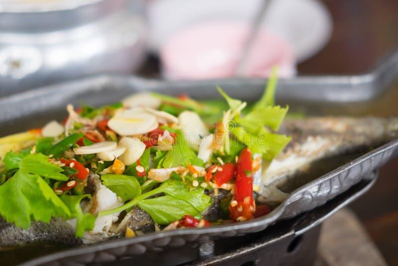 Sopa de tom dos peixes yum fotos de stock