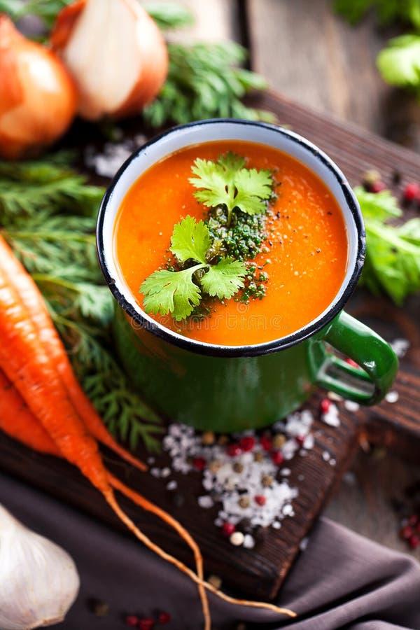 Sopa de vegetais fotos de stock