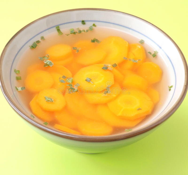 Download Sopa de zanahorias imagen de archivo. Imagen de plato - 42426621