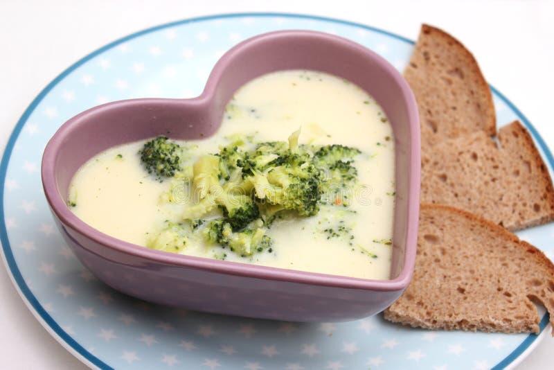 Sopa del bróculi imagenes de archivo