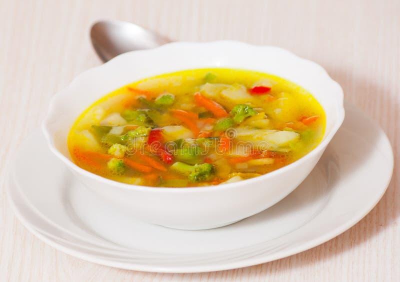 Sopa do legume fresco imagens de stock royalty free
