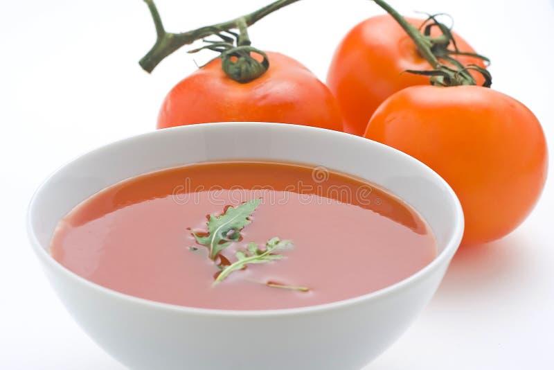 Sopa e vegetais caseiros saudáveis do tomate foto de stock