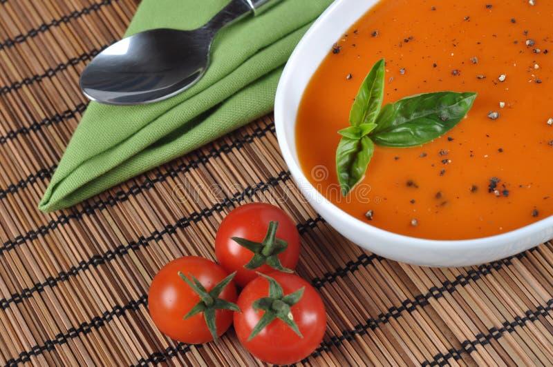 Sopa italiana do tomate imagem de stock royalty free