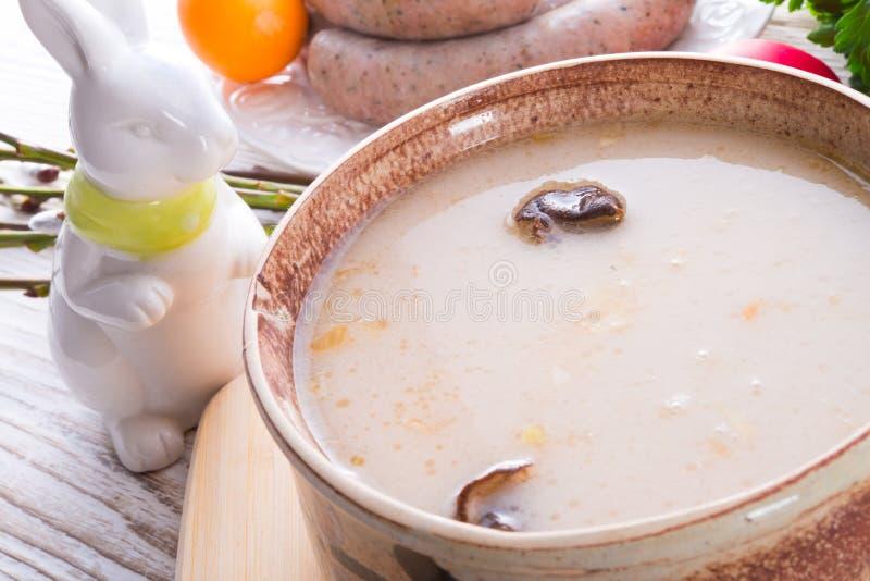 Download Sopa Polonesa De Easter Com Ovo Foto de Stock - Imagem de easter, borscht: 29830588