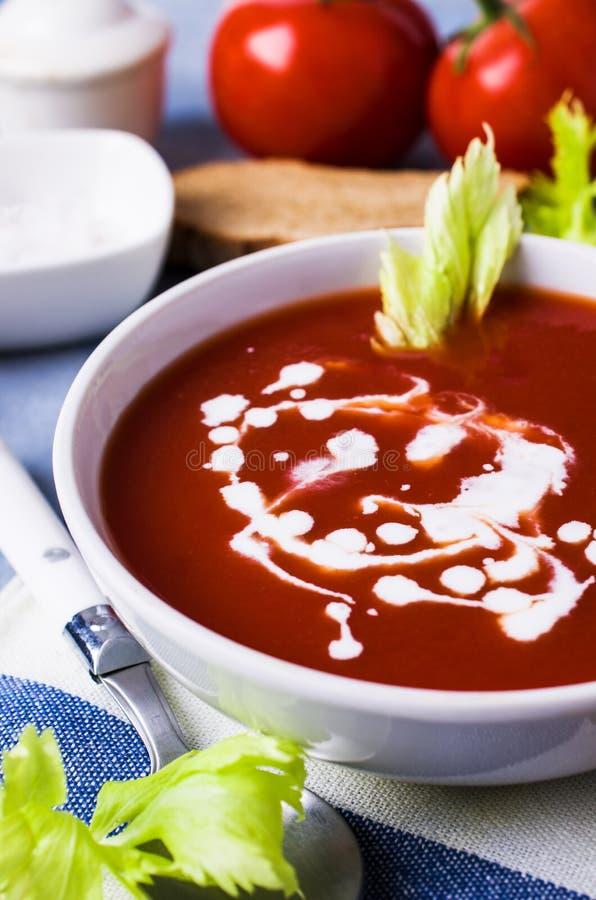Sopa tradicional do tomate imagens de stock royalty free
