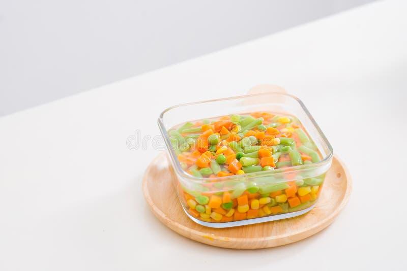 Sopa vegetal caseiro fresca Fim acima Fundo inteiro imagens de stock