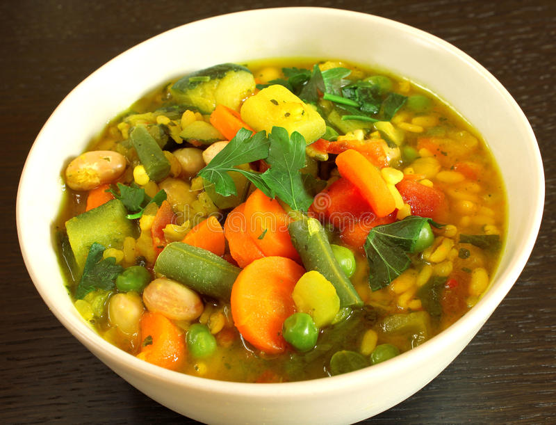 Sopa vegetariana imagen de archivo