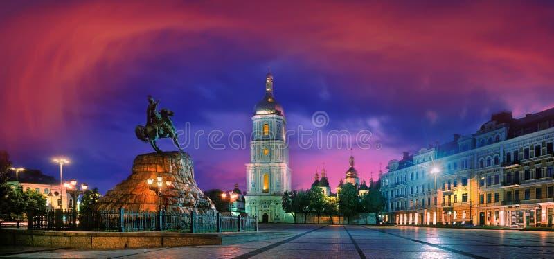 Sophia Square nella capitale dell'Ucraina immagini stock libere da diritti