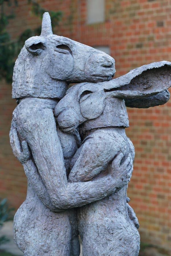 Sophie Ryder Art Exhibition à la cathédrale de Salisbury photos stock