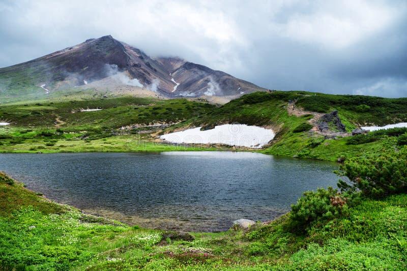 Soporte Asahidake Hokkaido de la escena de la última mañana imagen de archivo libre de regalías