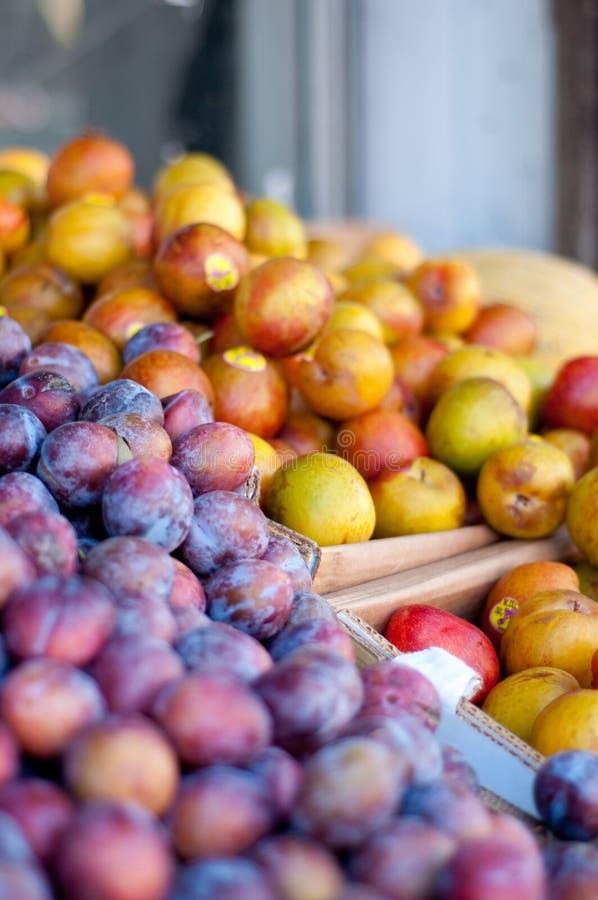 Soporte de fruta fotografía de archivo libre de regalías
