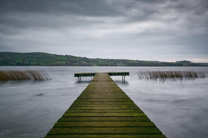 Soporte de la pesca de Derg del lago imagen de archivo libre de regalías