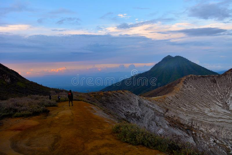 Soporte Ijen, Indonesia fotos de archivo