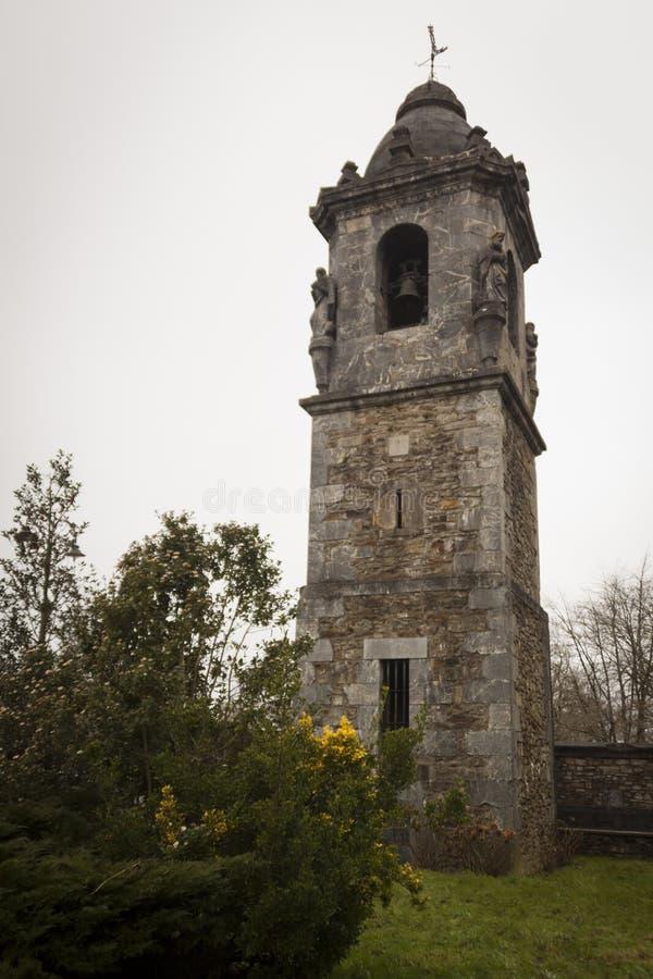 Soporte Urkiola, país vasco con la montaña de Anboto fotos de archivo libres de regalías