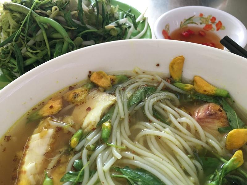 Soppa för Chau Doc fisknudel royaltyfria foton
