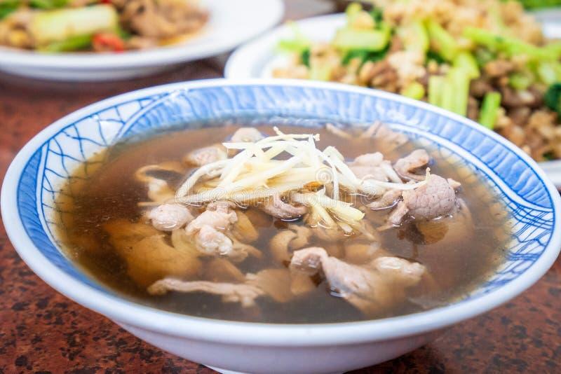 Soppa för Taiwan traditionell läcker angelikalamm arkivbilder