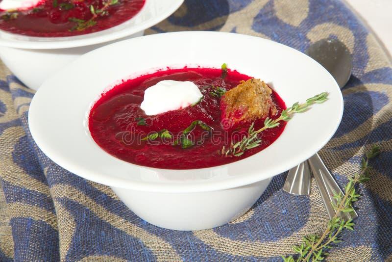 Soppa för vintervitaminkräm med röd rödbeta royaltyfri foto