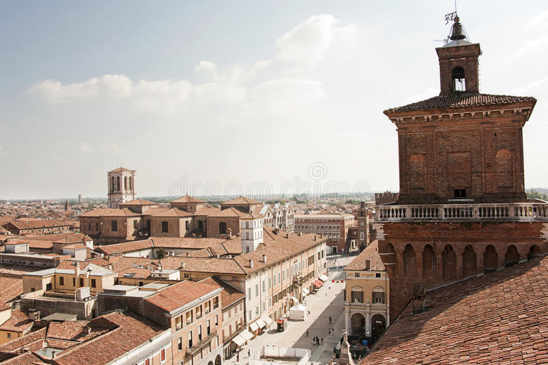 Sopra i tetti di Ferrara fotografie stock