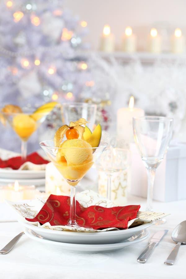 Sorbet de mangue pour Noël photographie stock