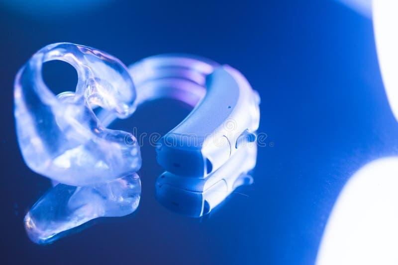 Sordità della protesi acustica immagine stock