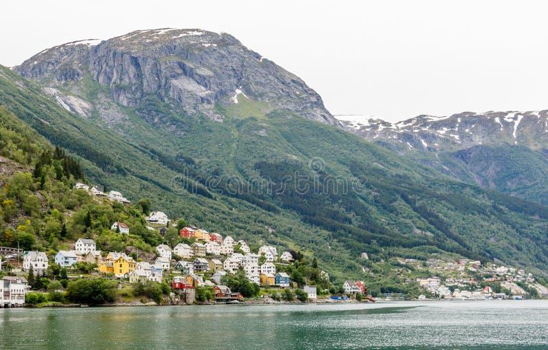 Sorfjord,奥达,霍达兰县,挪威小山的五颜六色的挪威住宅房子  库存图片