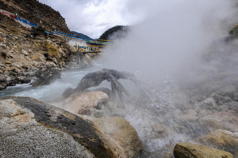 Sorgente di acqua calda di Cuopu fotografia stock