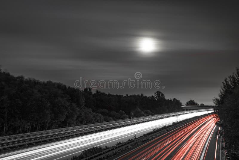 Sorgere della luna neo fotografia stock