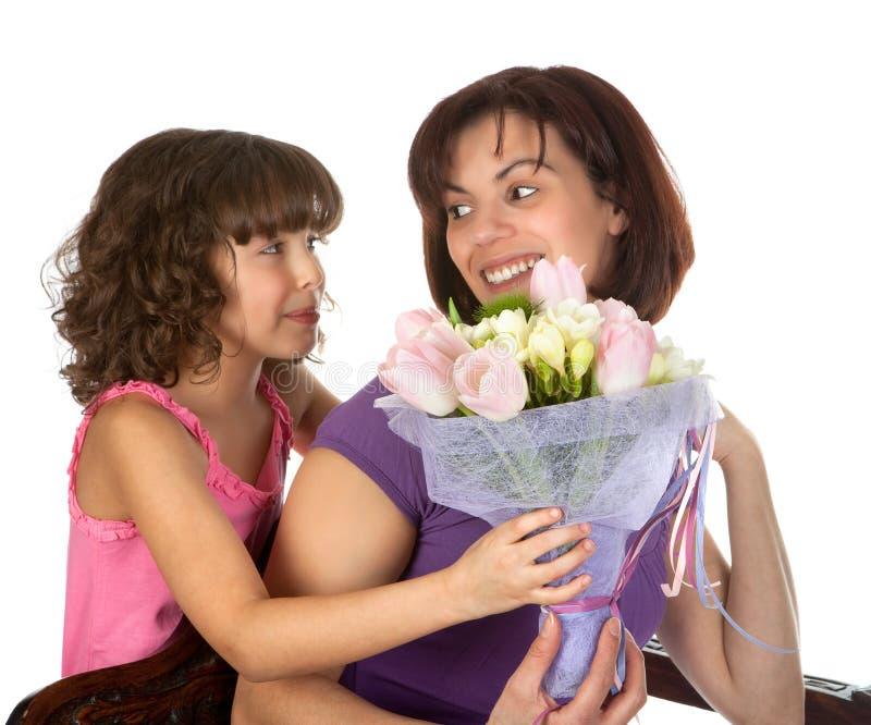 Sorpresa de la flor para la madre fotos de archivo