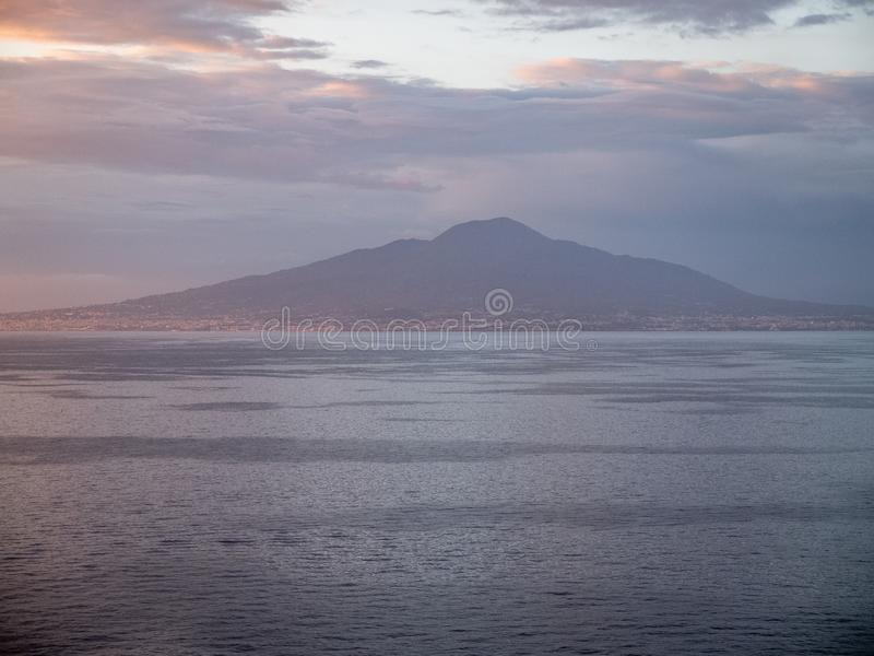 Sorrento italy in der Bucht der Nacken lizenzfreie stockfotografie