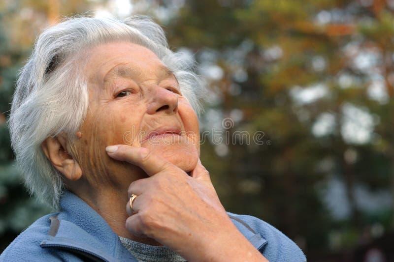 Sorridere anziano fotografie stock