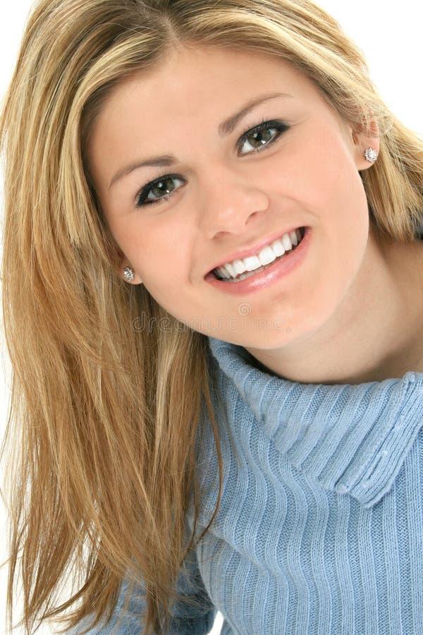 Sorriso adolescente bonito foto de stock royalty free