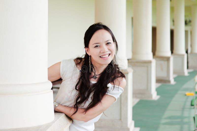 Sorriso asiático do dente da mulher fotos de stock