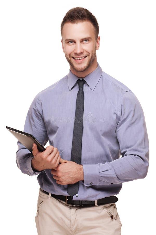 Sorriso considerável novo do homem isolado no branco fotos de stock